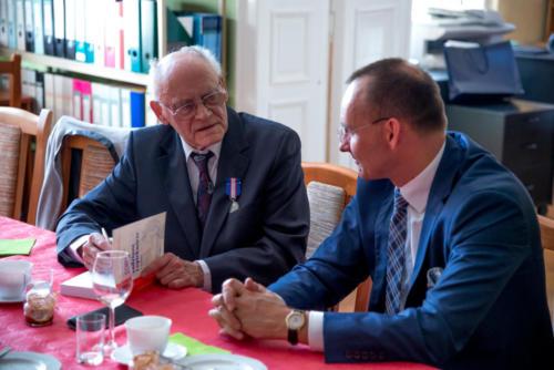 Odznaczenie prof. Tadeusza Smyczyńskiego