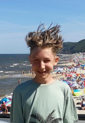 Dorian Bęś 'Nawet włosy potrafią się śmiać'